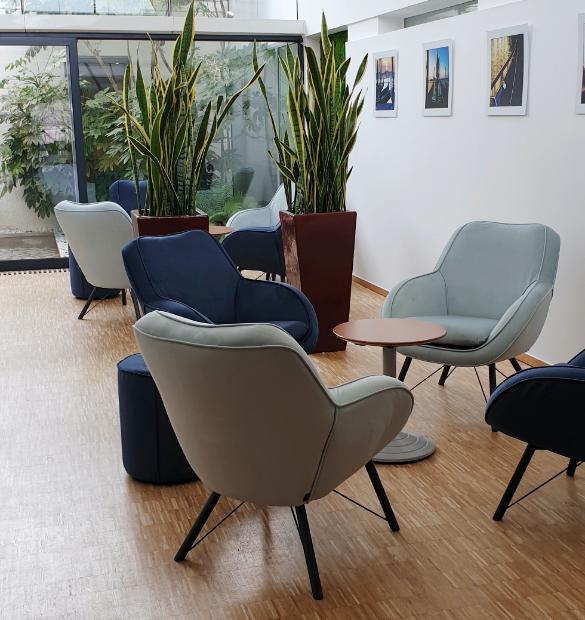 HOLI.E Concept - Aménagement espace de travail - mobilier de réception