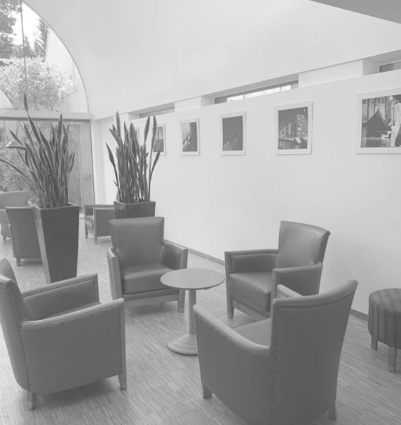 HOLI.E Concept - Aménagement espace de travail - mobilier de réception 02