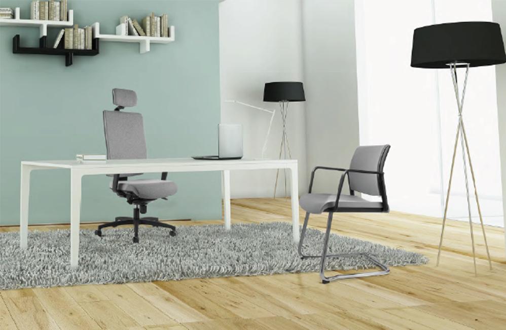 HOLI.E Concept - Aménagement espace de travail - Bureau de direction fauteuil tissu tetiere gris
