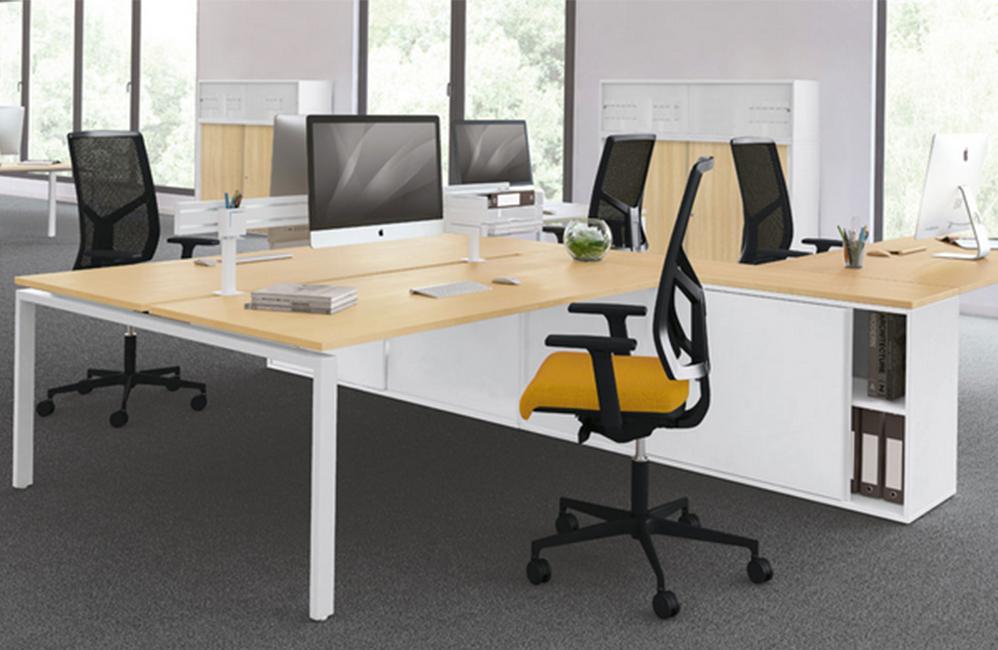 HOLI.E Concept - Aménagement espace de travail - Openspace moderne bois et jaune