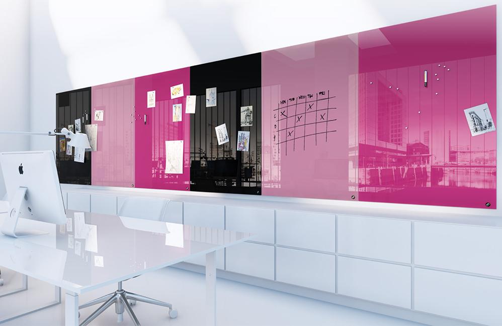 HOLI.E Concept - Aménagement espace de travail - Tableau verre ecriture coloré fun