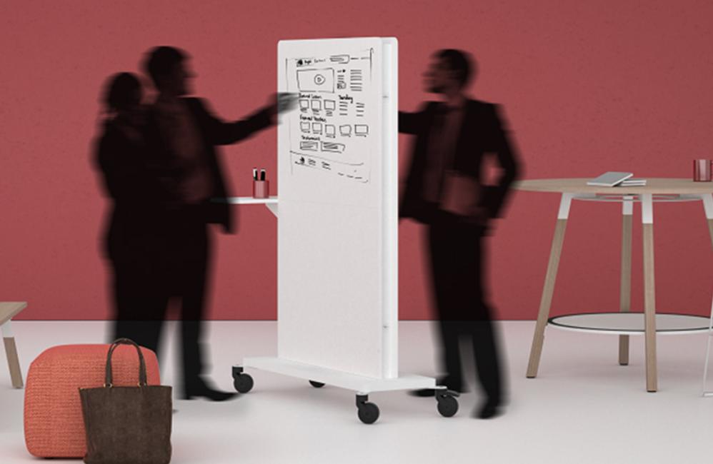 HOLI.E Concept - Aménagement espace de travail - Presentoir blanc a roulette écriture